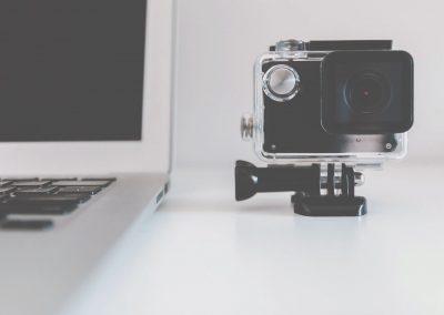 Prikazi razlage pojma, procesa ali reševanja izzivov s kratkimi videoposnetki
